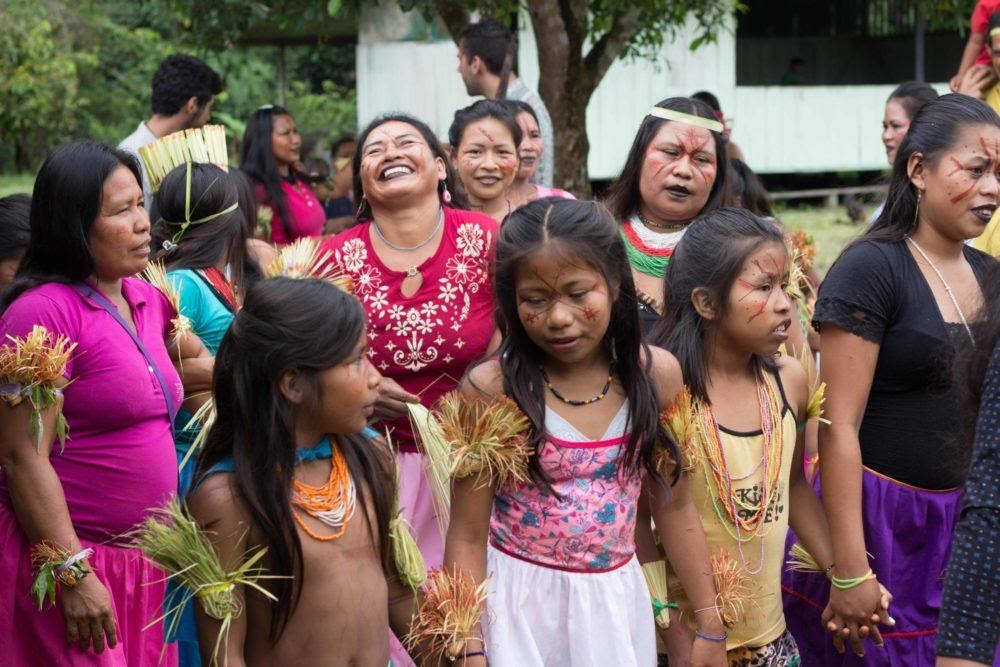 Happy Skiekopai females.