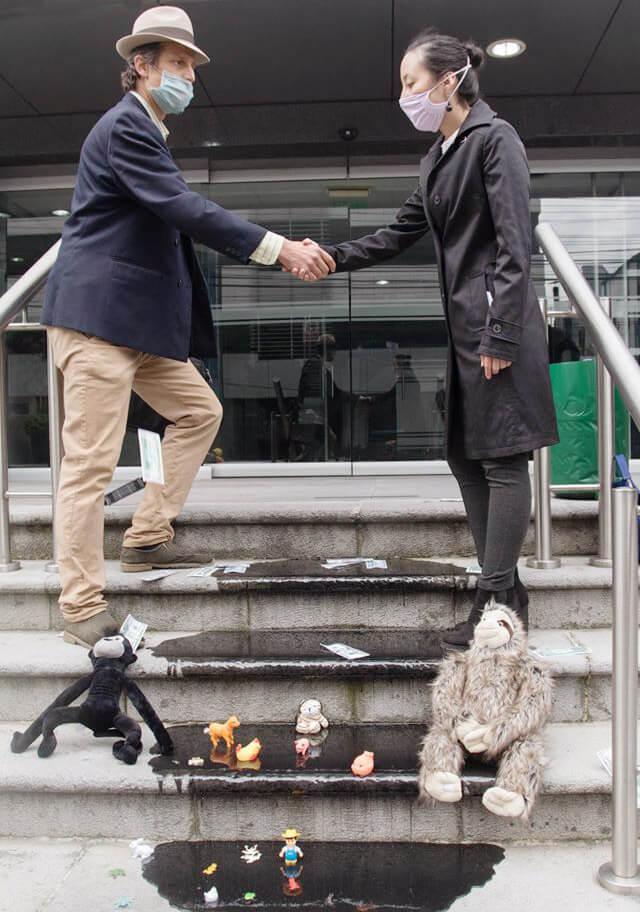Rebels shaking hands